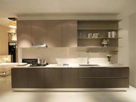 Ernestomeda approda a singapore - Cucine fascia alta ...