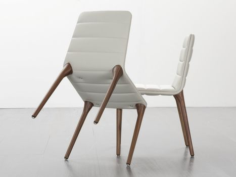 Luxury becomes minimal chic for tonon seating at isaloni for Sedie design furniture e commerce