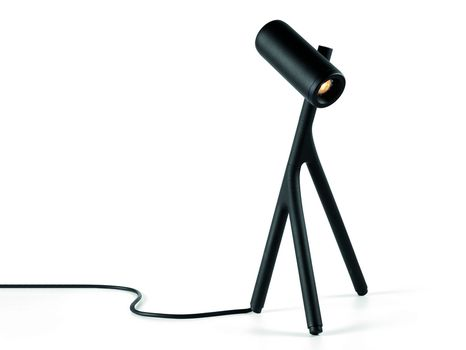 Médard by Modular Lighting Instruments, a lighting source inspired by a bug