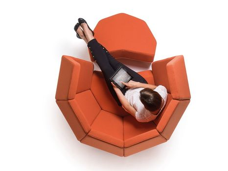 Beatnik – The Sound Station Chair by Donar at 100% Design