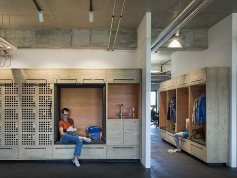 Creative Exchange: new working environments combine concentration with communication