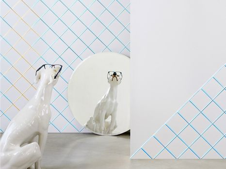 Unexpected reflections: Scales, surprising lights for daring walls