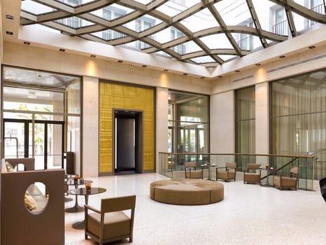 Luxury bathrooms per lo StarHotels Rosa Grand di Milano - image q_48704_09 on http://www.designedoo.it