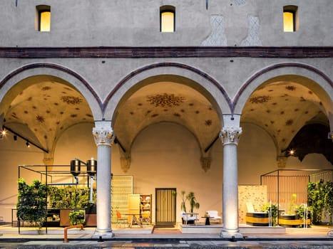 Reggiani illumina il Castello Sforzesco di Milano - image q_48743_22 on http://www.designedoo.it