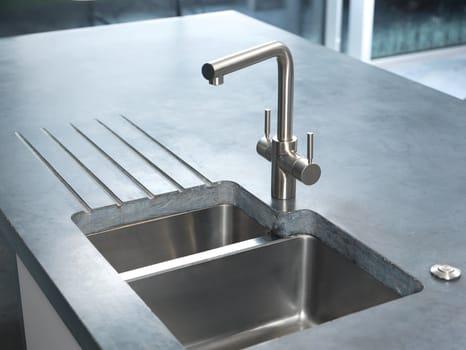 InSinkErator per un tocco di colore in cucina - image q_48771_01 on http://www.designedoo.it