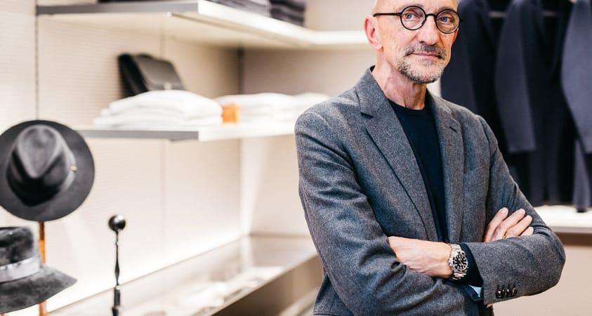 Rodolfo Dordoni renovates Senzafine, Poliform's walk-in wardrobe