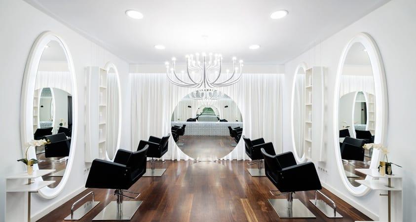 HI-MACS® im stylisch, eleganten Schönheitssalon Vanitas Espai in Barcelona