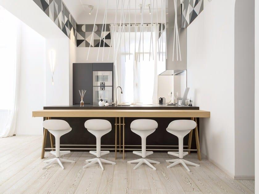 Custom kitchen Fitted kitchen by TM Italia Cucine