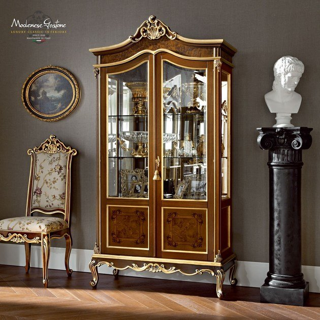 Personalized glass cabinet with briar root and inlaid panel - Casanova Collection - Modenese Gastone