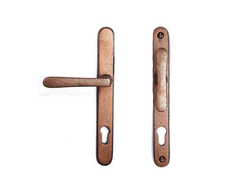 Bronze door handle on back plate with lock PVZTPHTL | Bronze door handle - Dauby