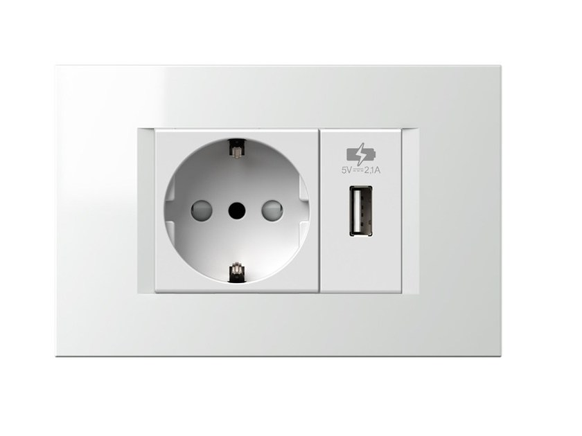 1M USB power supply unit EM66 by TEM