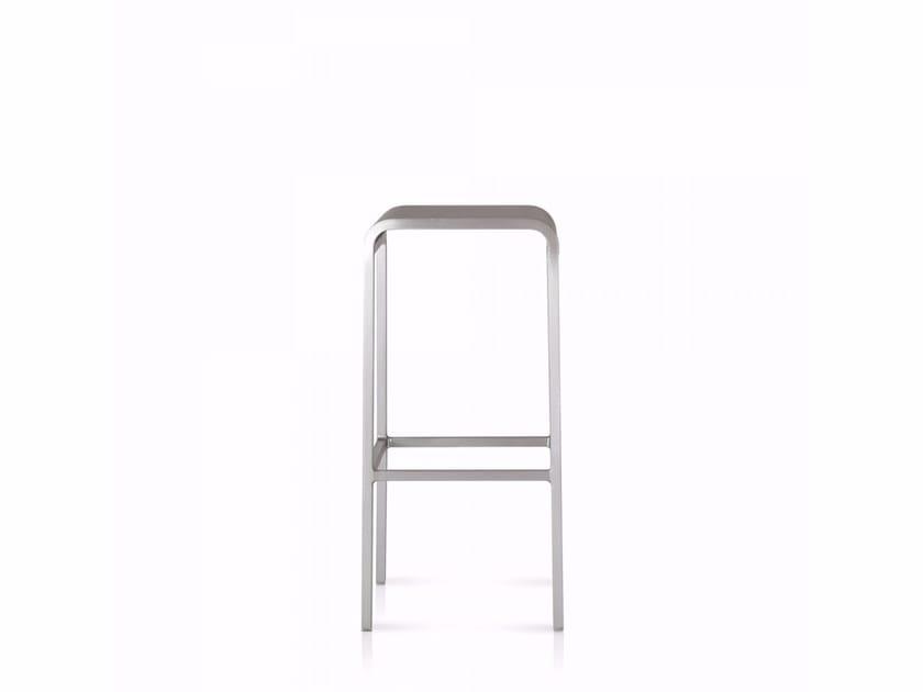 High aluminium stool 20-06™   High stool - Emeco