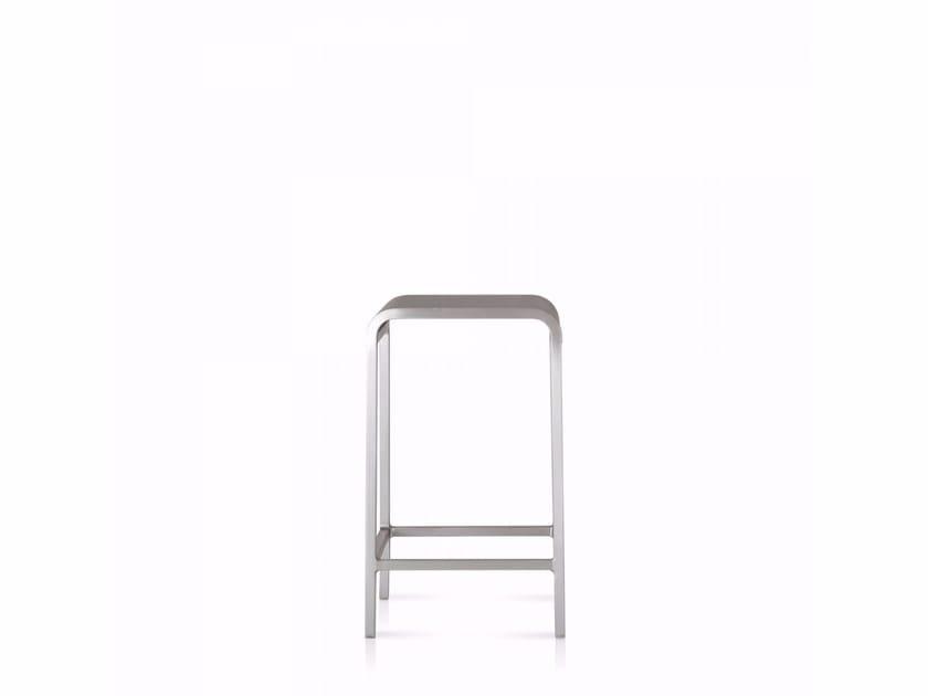 Aluminium stool 20-06™ | Stool - Emeco