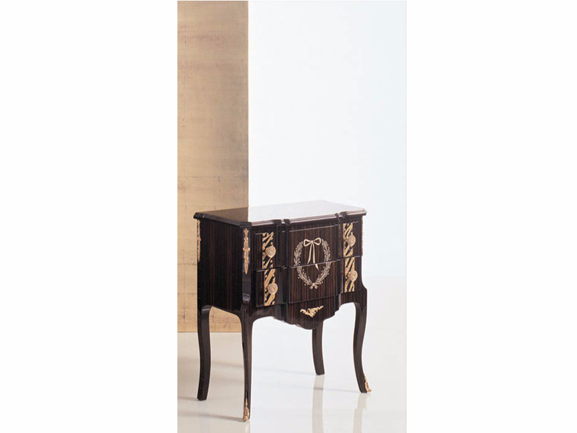 Lacquered rectangular wooden bedside table 26N | Bedside table - Rozzoni Mobili d'Arte
