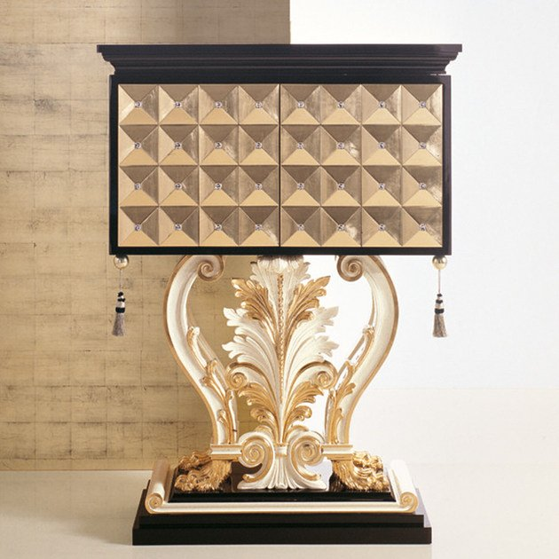 Gold leaf highboard with doors 2912 | Highboard - Rozzoni Mobili d'Arte