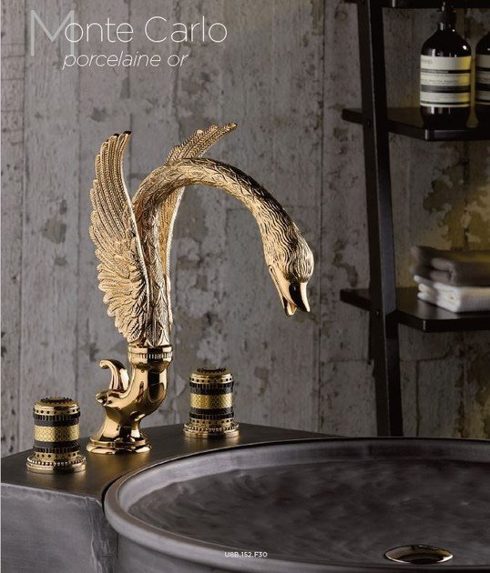 Classic style 3 hole gold colour metal washbasin mixer with polished finishing CYGNE | 3 hole washbasin tap - INTERCONTACT
