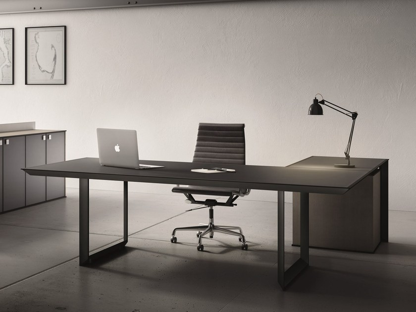 L-shaped glass and steel executive desk 45/90 | Executive desk - IFT
