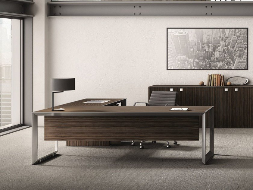 L-shaped steel and wood office desk 45/90 | Steel and wood office desk - IFT