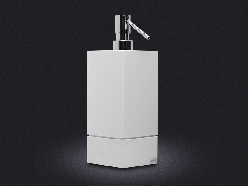Resin liquid soap dispenser 500 SQUARE - Vallvé Bathroom Boutique