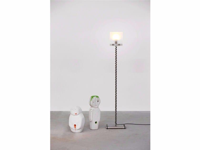 LED glass floor lamp 568 | Floor lamp - Wissmann raumobjekte