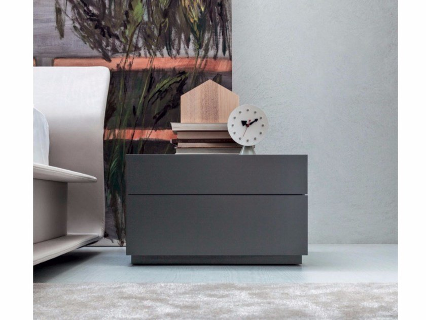 Rectangular bedside table with drawers 606 | Bedside table by Molteni
