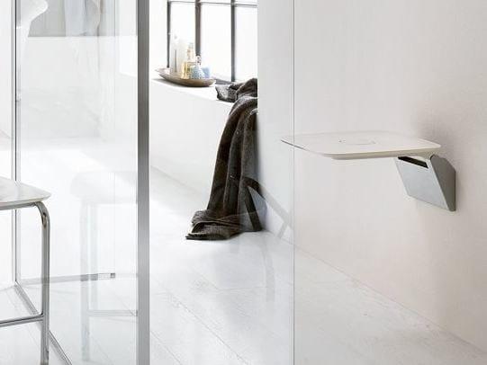 Folding shower Seat AV036B | Shower Seat - INDA®