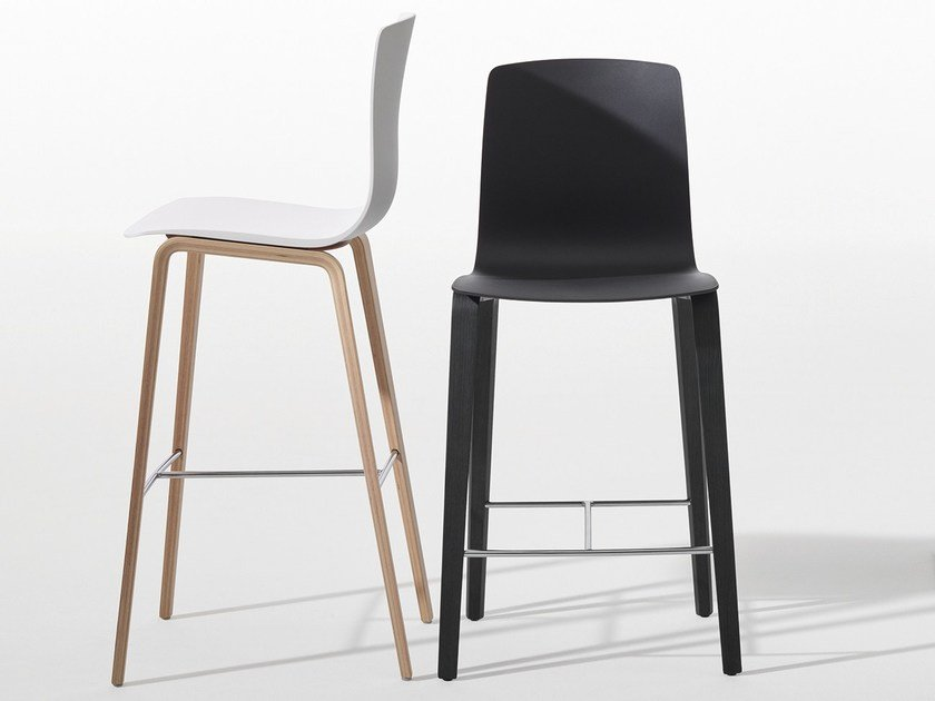 Counter stool with footrest AAVA | Wooden chair - Arper