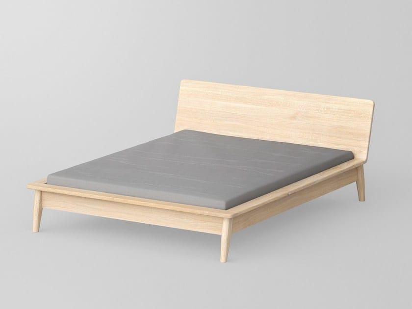 Letto matrimoniale in legno massello aetas letto - Letto matrimoniale legno massello ...