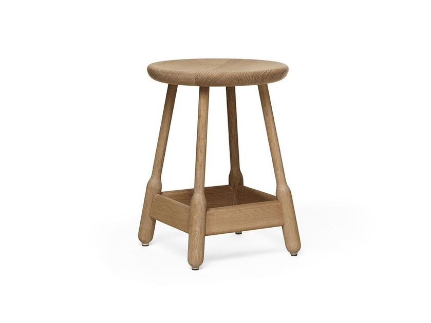 Low stool in solid wood ALBERT | Low stool by Massproductions