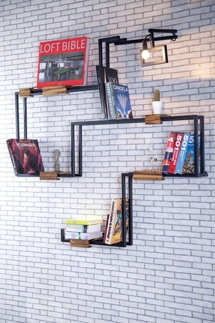 Painted metal wall shelf ANT by Kann Design