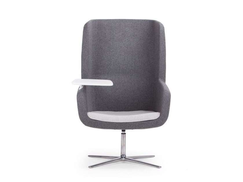 Fabric armchair with 4-spoke base with armrests ARCA | Armchair with 4-spoke base - True Design