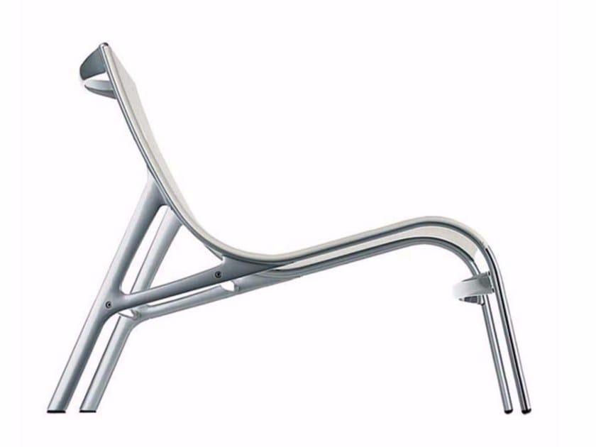 Lounge chair ARMFRAME - 418 by Alias