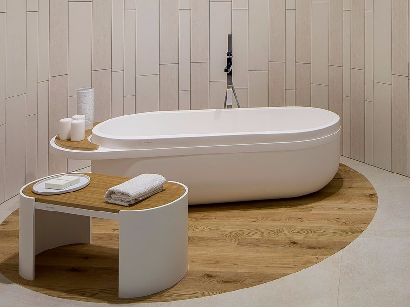 Freestanding oval bathtub ARO | Bathtub - Systempool