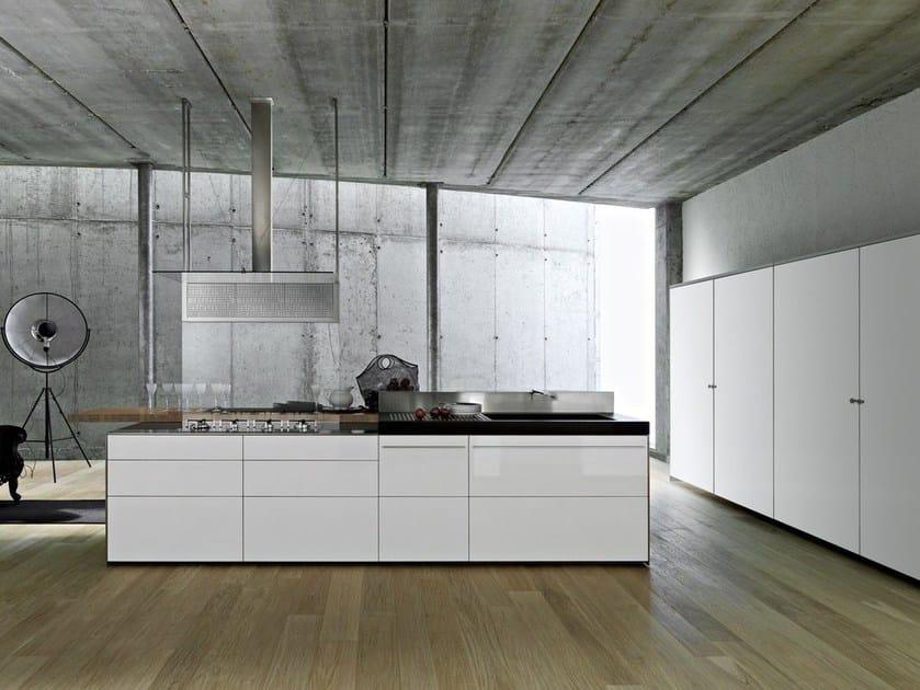 Laminate fitted kitchen ARTEMATICA UNILINE - MULTILINE by VALCUCINE