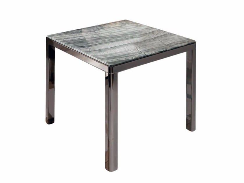 Aston tavolino in marmo by smania industria italiana mobili for Industria italiana arredi