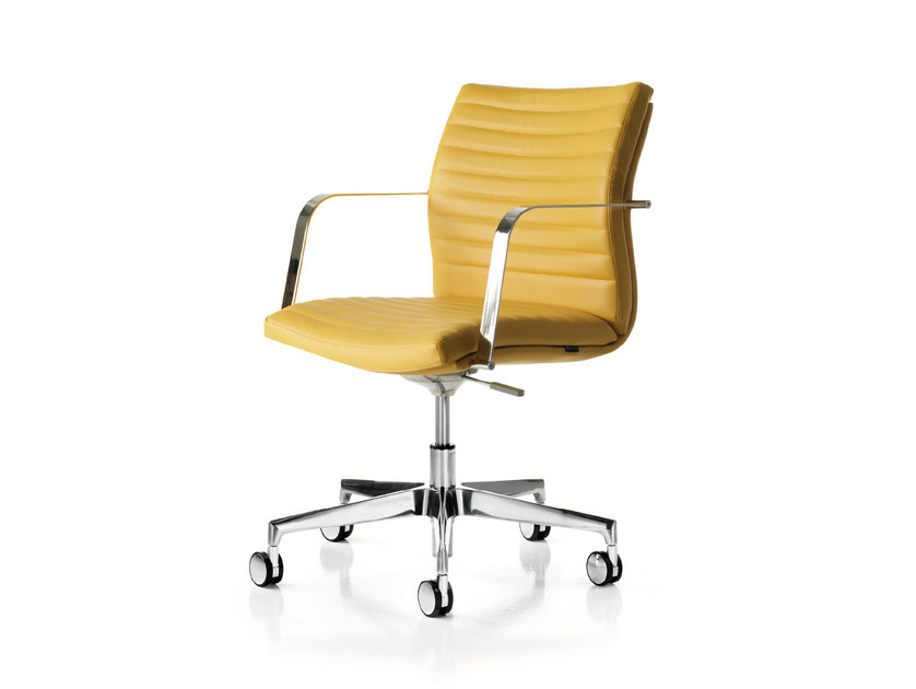 Height-adjustable leather task chair with 5-Spoke base with armrests AURORA 2.0 | Task chair - Quinti Sedute