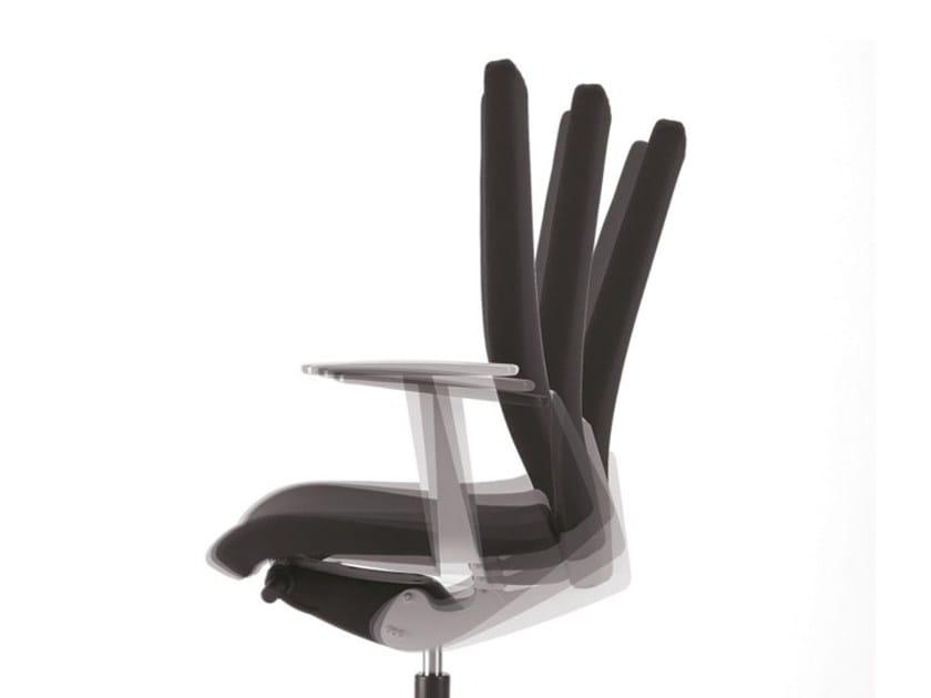 Sedia ufficio operativa in tessuto a 5 razze con braccioli con ruote AVIAMID 3512 - TALIN