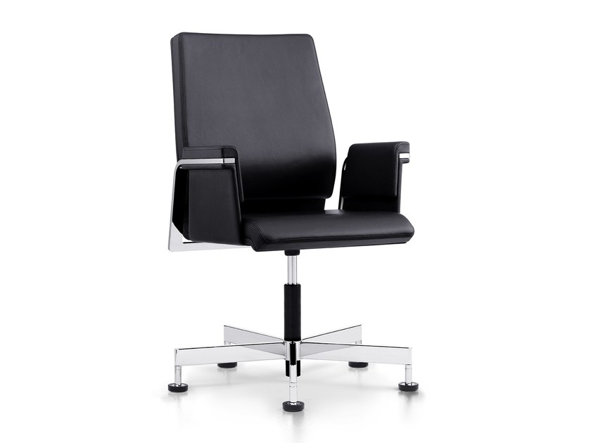 Leather training chair with 5-spoke base with armrests AXOS 160A by Interstuhl