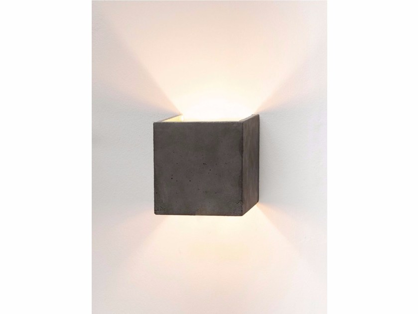 Direct-indirect light cement wall lamp [B3] DARK | Wall lamp by GANTlights