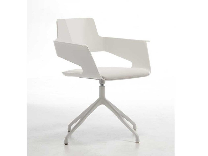Swivel chair with 4-spoke base with armrests B32 SP | Swivel easy chair by arrmet