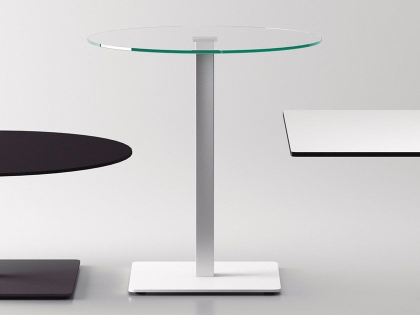 Round glass contract table BADA | Glass table by Systemtronic
