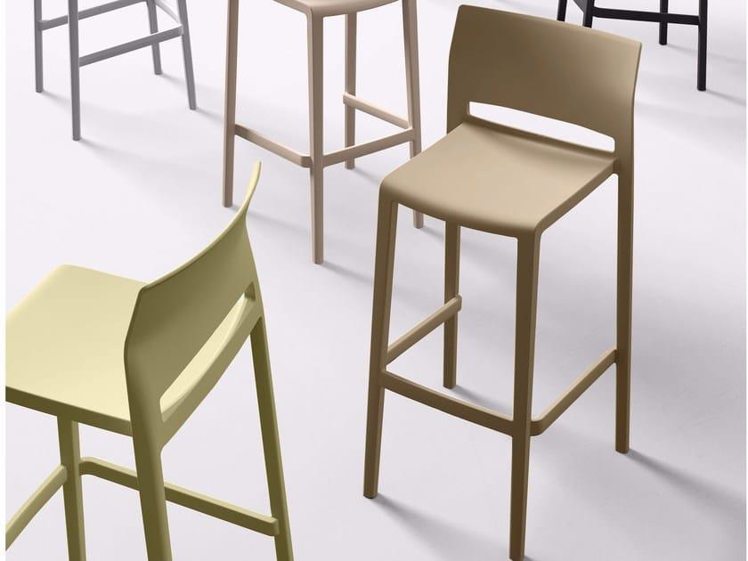 High stackable stool with footrest BAKHITA 76 - GABER