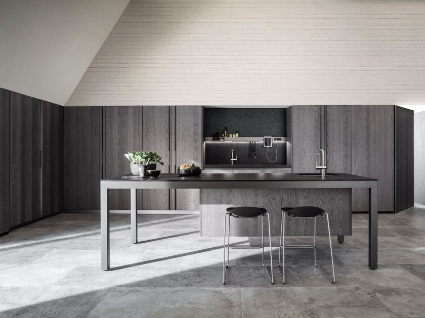 Ergonomic fitted kitchen BANCO by DADA