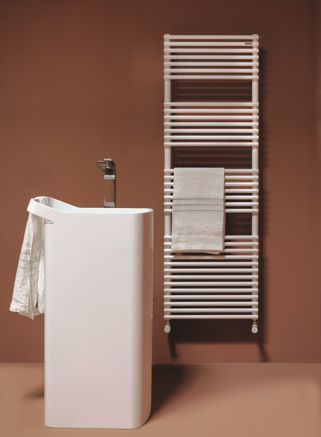Vertical wall-mounted towel warmer BASICS 20 - Tubes Radiatori