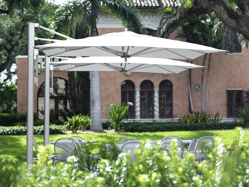Offset Garden umbrella BAY MASTER SINGLE CANTILEVER - TUUCI