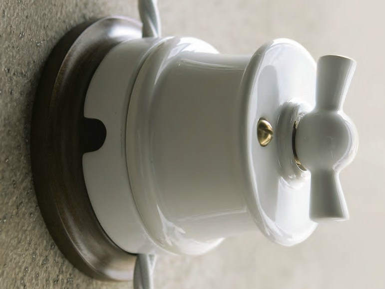 Electrical socket BELLATRIX by Aldo Bernardi