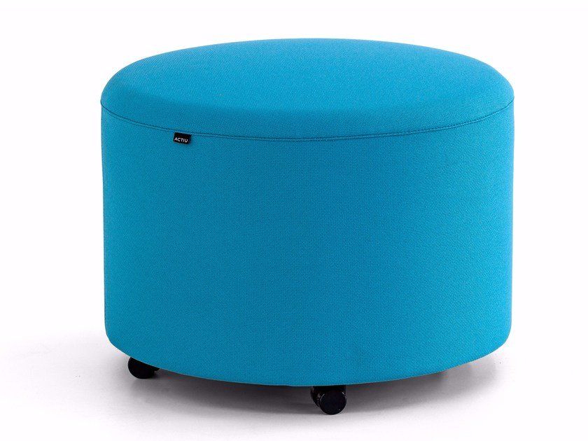 Fabric pouf with casters BEND | Pouf by ACTIU