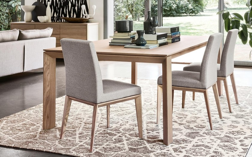 Sedia imbottita in pelle bess low calligaris for Sedia skin calligaris