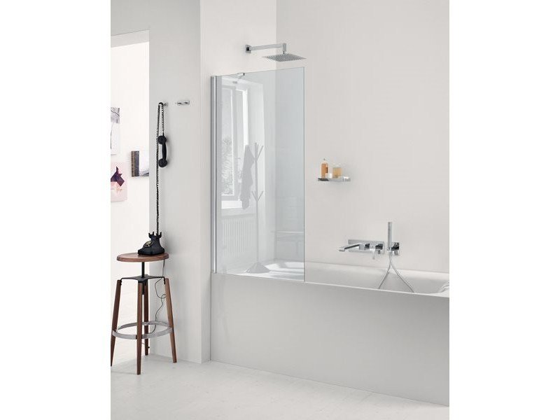 Glass bathtub wall panel BFL02 | Bathtub wall panel - INDA®