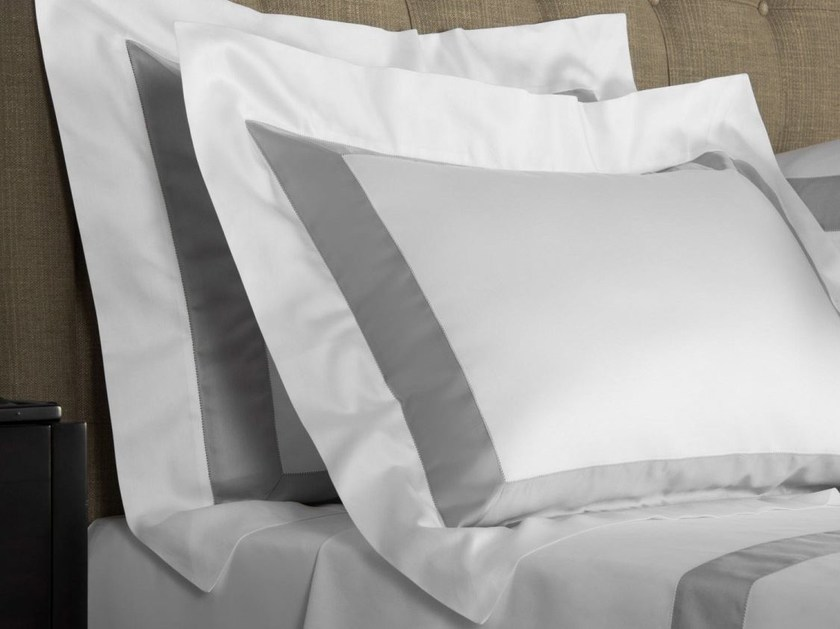 Cotton pillow case BICOLORE | Pillow case - Frette